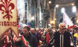 Le autorità fiorentine nella Cappella della Sacra Effige della Basilica della SS. Annunziata
